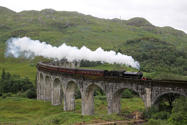 The_Jacobite_over_Glenfinnan_Viaduct